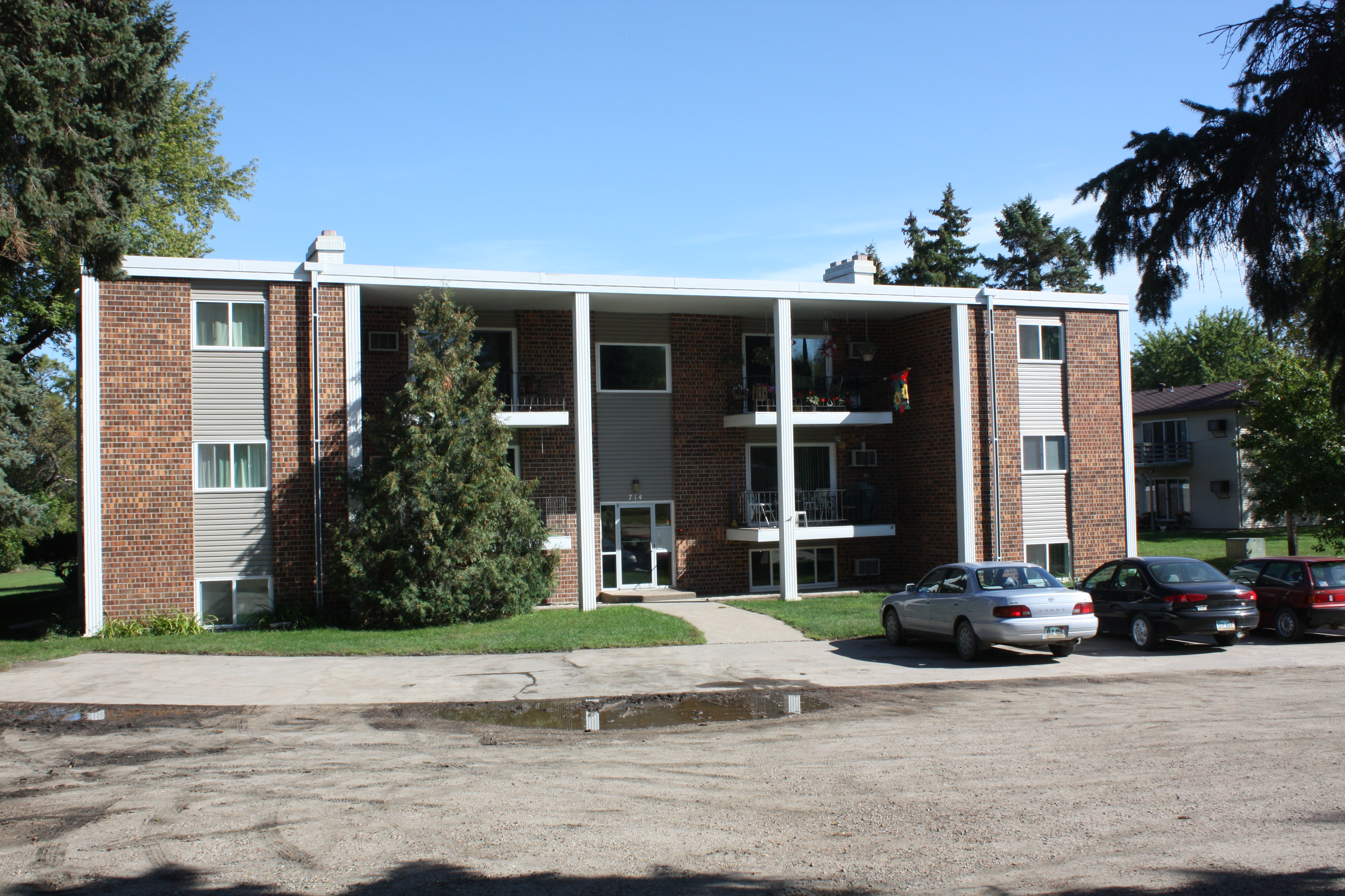 Livesay Park Apartments Valley Rental