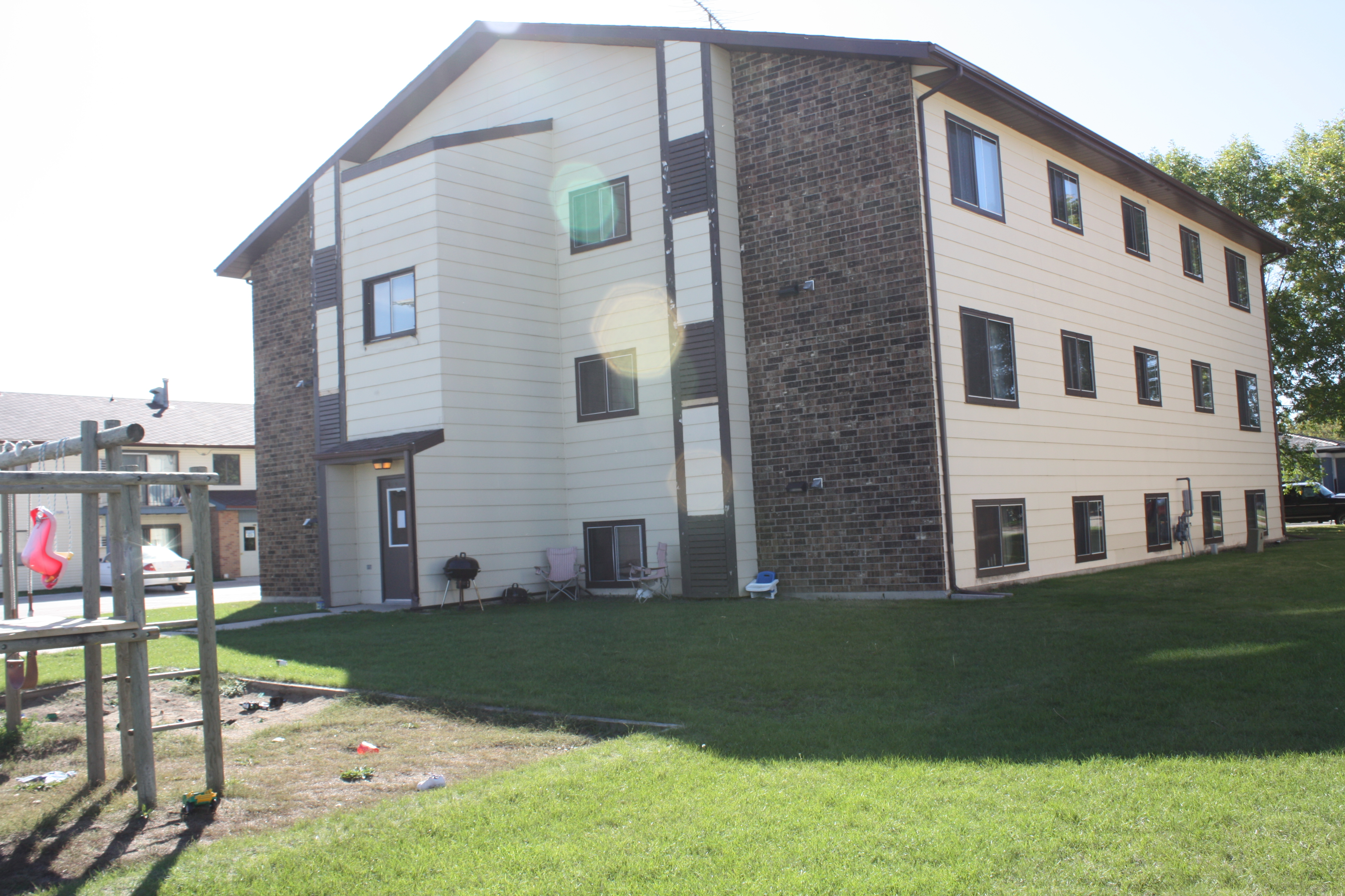 Jamestown Village Apartments Valley Rental